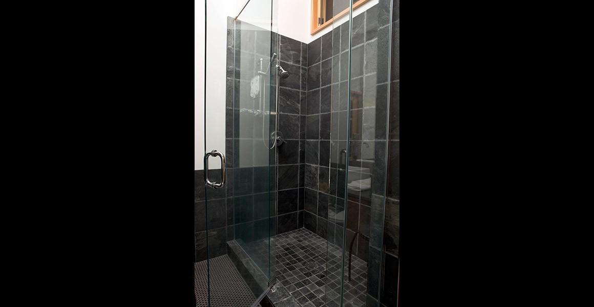hamilton-bathroom3
